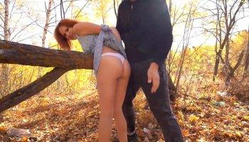 pegando novinha no banheiro