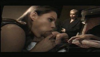 filmes porno travesti gratis
